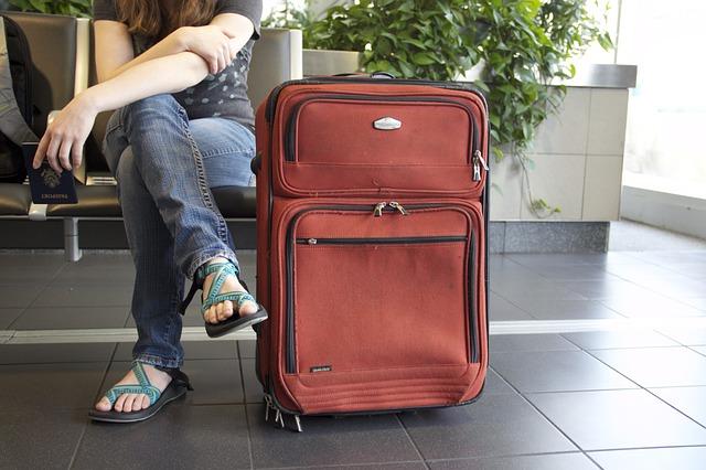 Inventata in Israele la valigia che cammina da sola