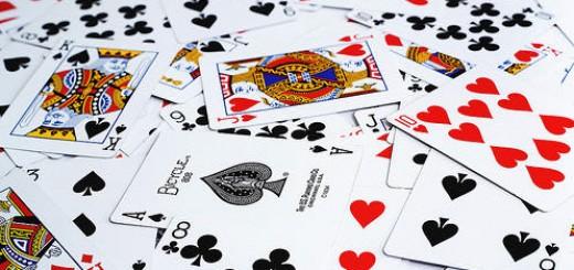 5 giochi di carte divertenti ed emozionanti